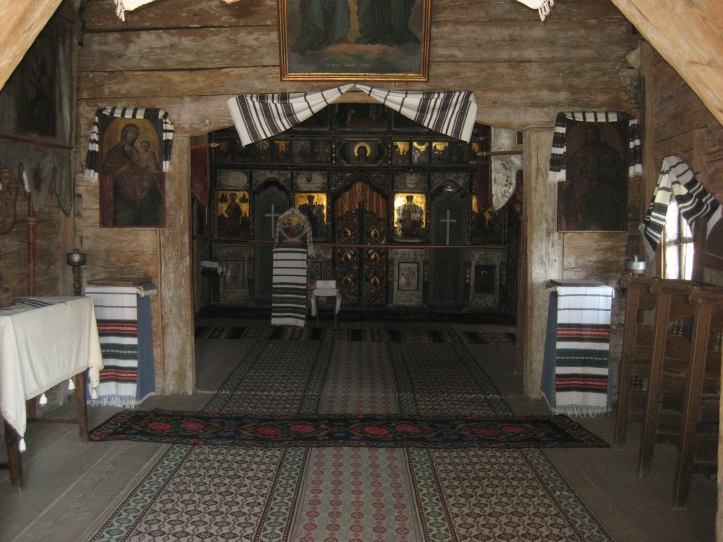 biserica-lemn1