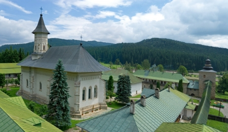 manastirea-slatina-3